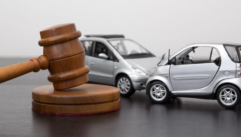 Verkehrsrecht: Ortskundige können erhöhte Mitverantwortung bei Verkehrsunfall haben